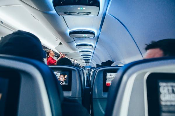 機内持ち込み可能なスーツケースのサイズ