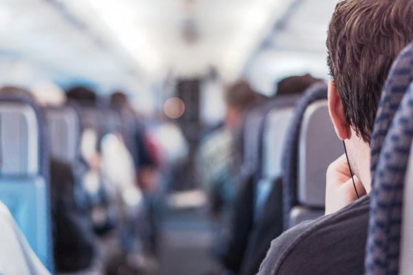 飛行機での旅行のスキマ時間を有効活用する方法